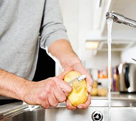 Cinco alimentos truculentos que provocan el caos en tu triturador de basura